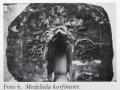 Korfönster från den tidiga medeltidskyrkan