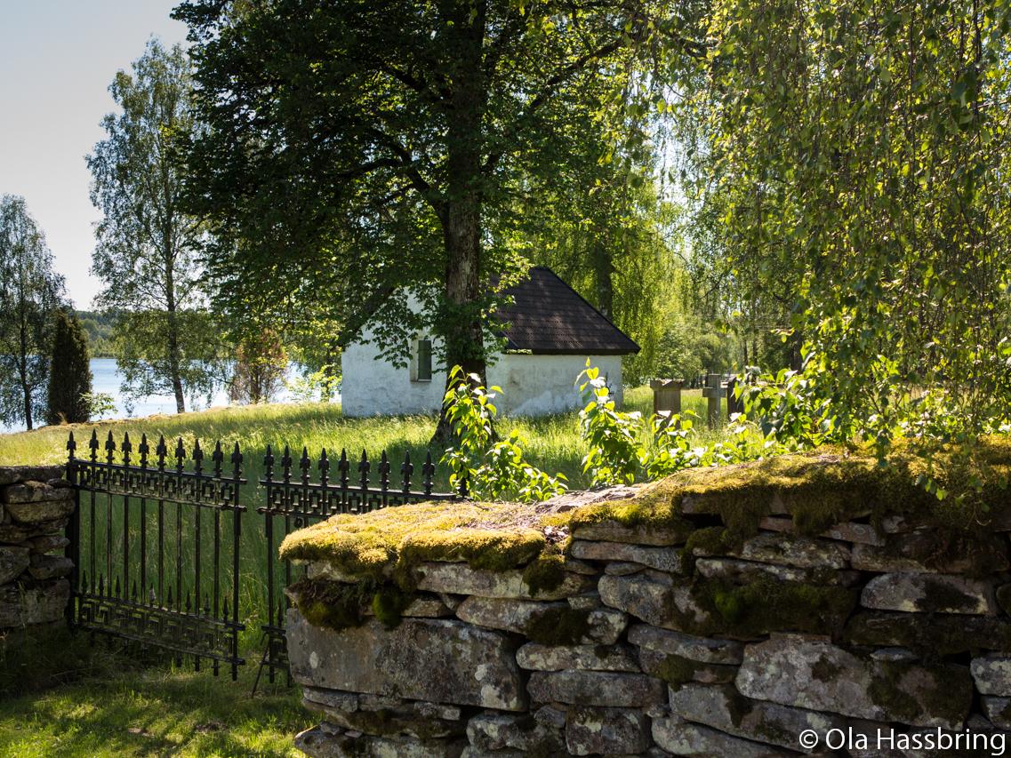 Dalstorps kyrka gamla begravningsplatsen